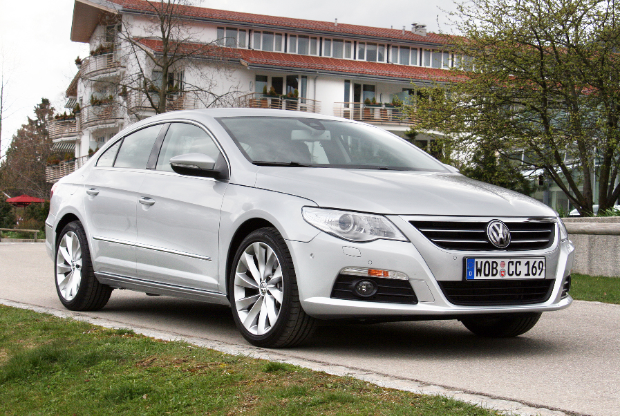 Volkswagen startet zur Passat CC Einführung klassische Kampagne mit Überraschungseffekt