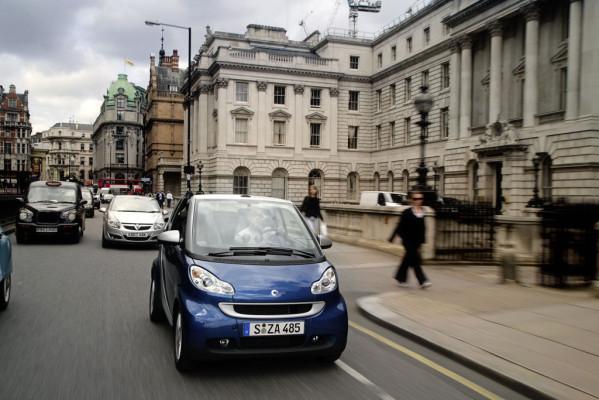 Drängeln kann auch im Stadtverkehr bestraft werden - Bild