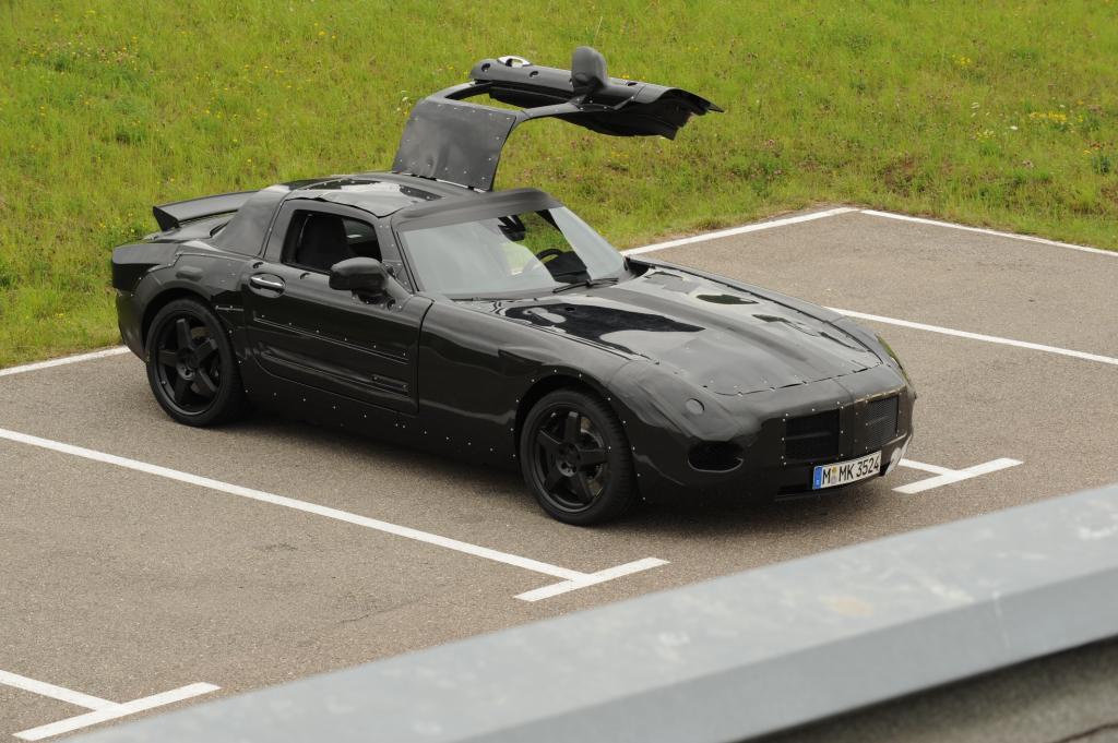 Erwischt: Der AMG-Flügeltürer mit 580 PS