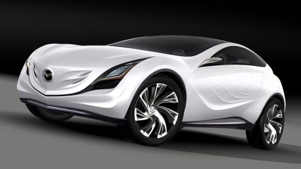 Mazda stellt in Moskau die Studie Kazamai vor