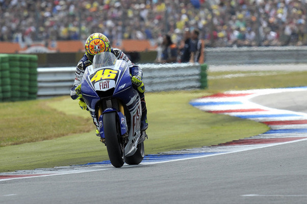 Rossi ist die Lücke zu groß: Lorenzo findet sein Selbstvertrauen wieder