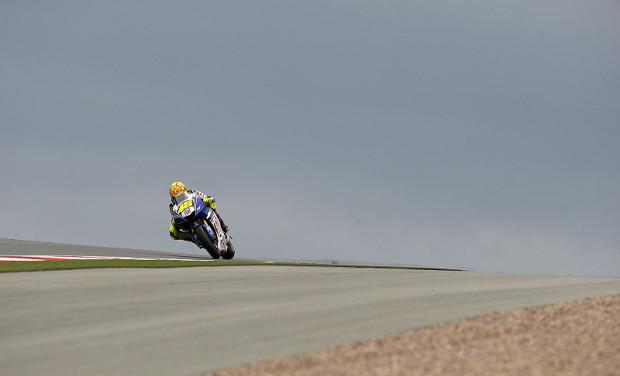Rossi und Lorenzo bleiben locker: Lebend raus gekommen