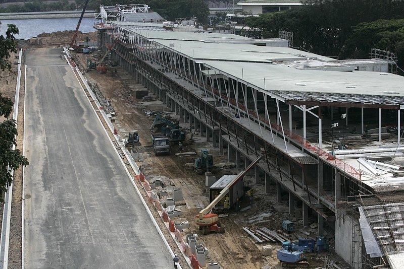 Singapur ist bereit für die Formel 1: Dreistöckiger Boxenbereich wartet