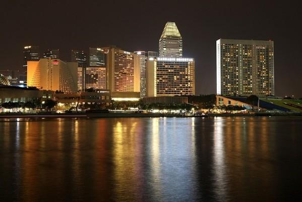 Teams zufrieden mit Singapur: Sehr, sehr hell