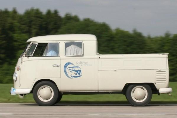 Volkswagen feiert 50 Jahre Doppelkabine
