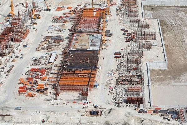 Abu Dhabi liegt im Plan: Keine Verzögerungen