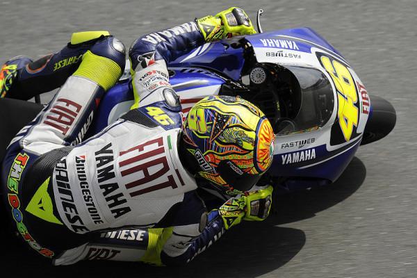 Guter Beginn für Yamaha: Rossi glücklich, Lorenzo noch nicht