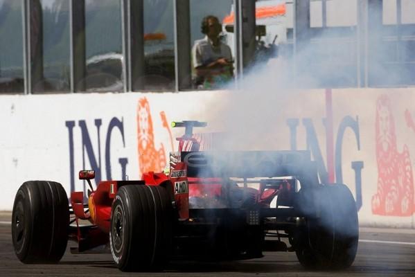 Schockstarre bei Ferrari: Grausamer Rennsport