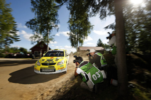 Suzuki vor Rallye Deutschland: Pflichtpunkte