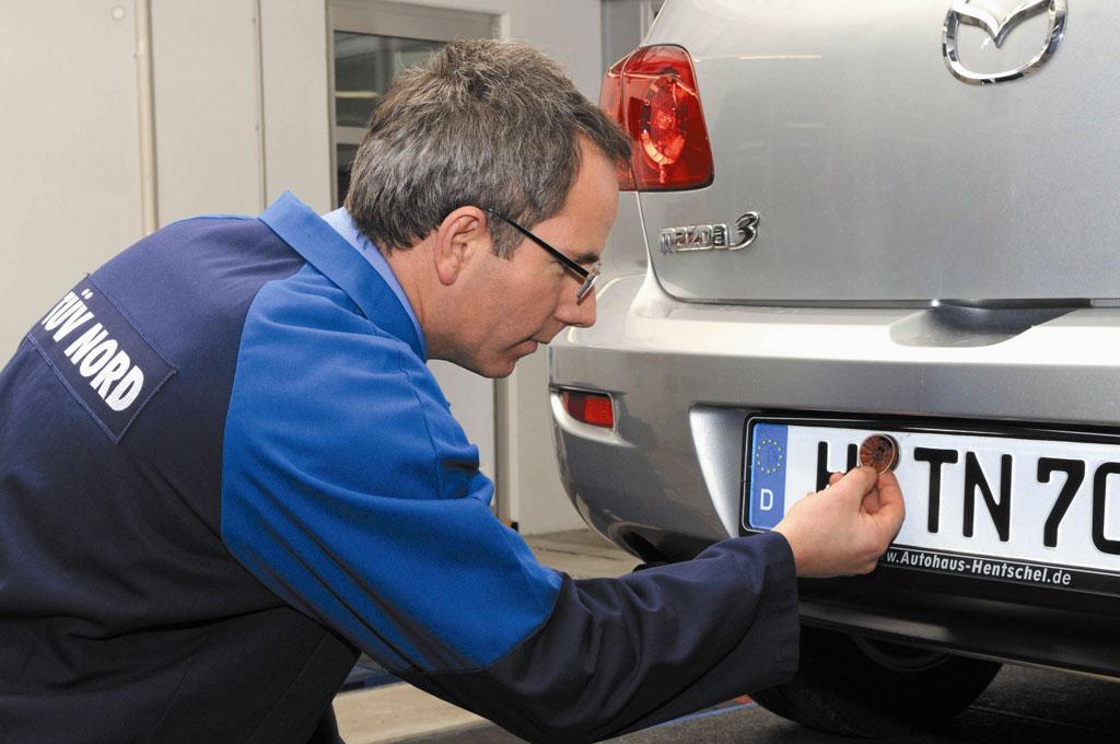 TÜV kontrolliert ab 2009 Fahrzeug-Elektronik