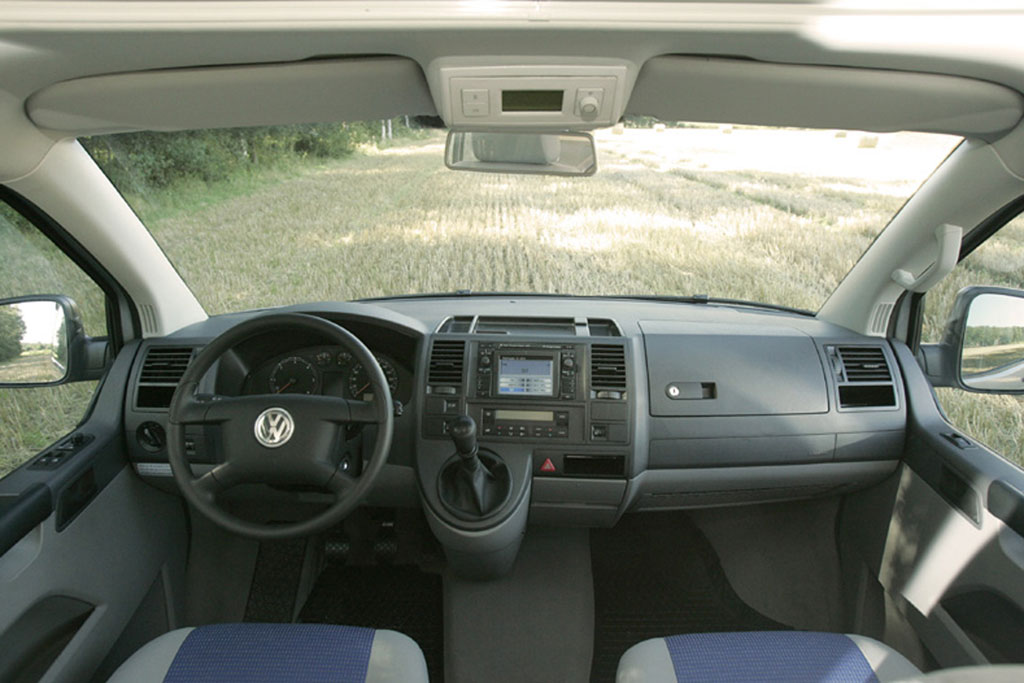 VW feiert auf dem Caravan-Salon 20 jähriges Jubiläum des California