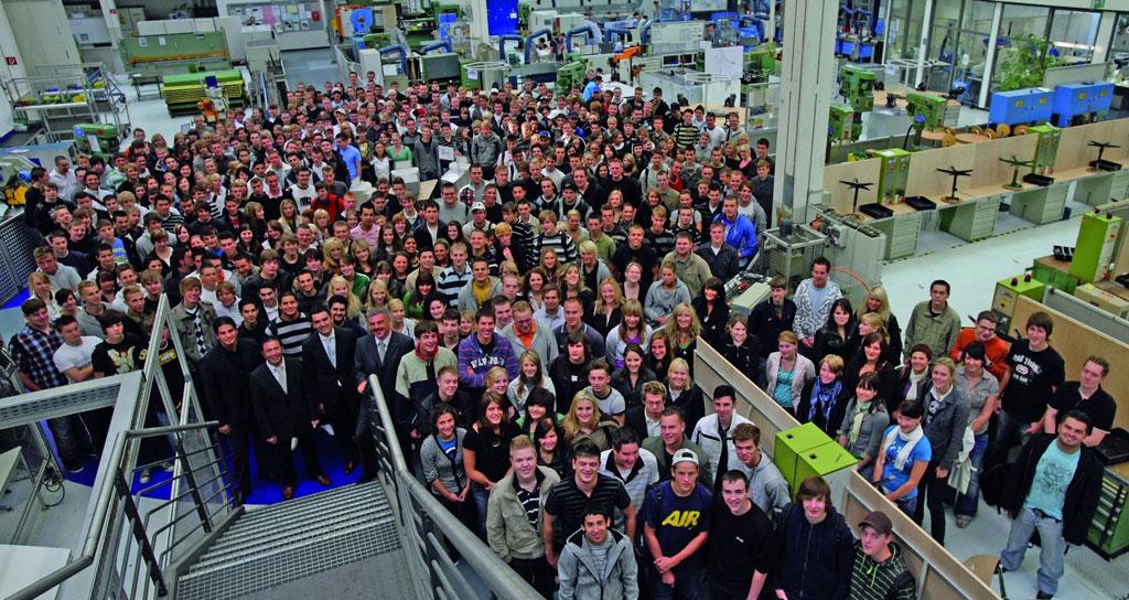 1250 junge Menschen starten Ausbildung bei Volkswagen