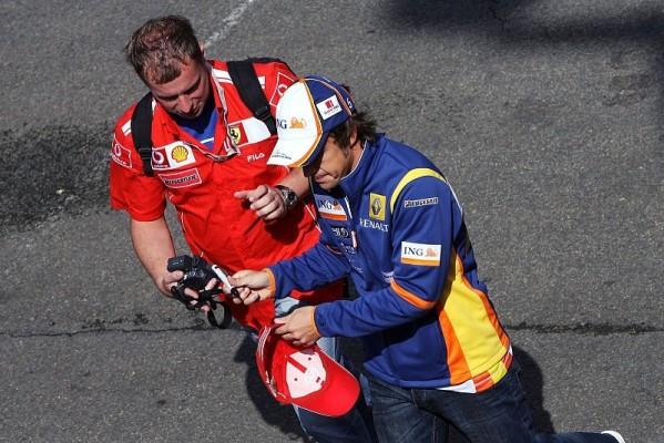 Alonso tippt auf Räikkönen: Keine Ferrari-Aussichten 2009