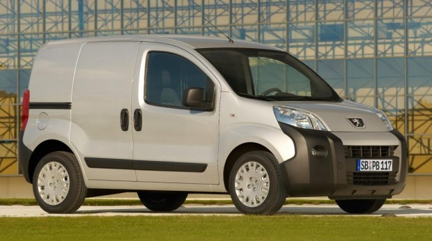 "Bipper, Fiorino und Nemo sind ""International Van of the Year 2009"""