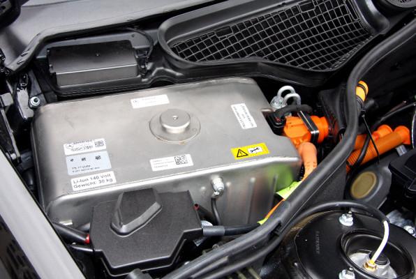 Continental startet Serienfertigung von Lithiumionen-Batterien