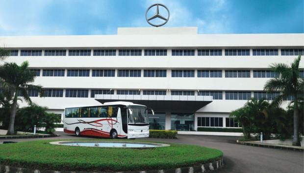 Daimler Buses bringt in Indien neuen Reisebus auf den Markt
