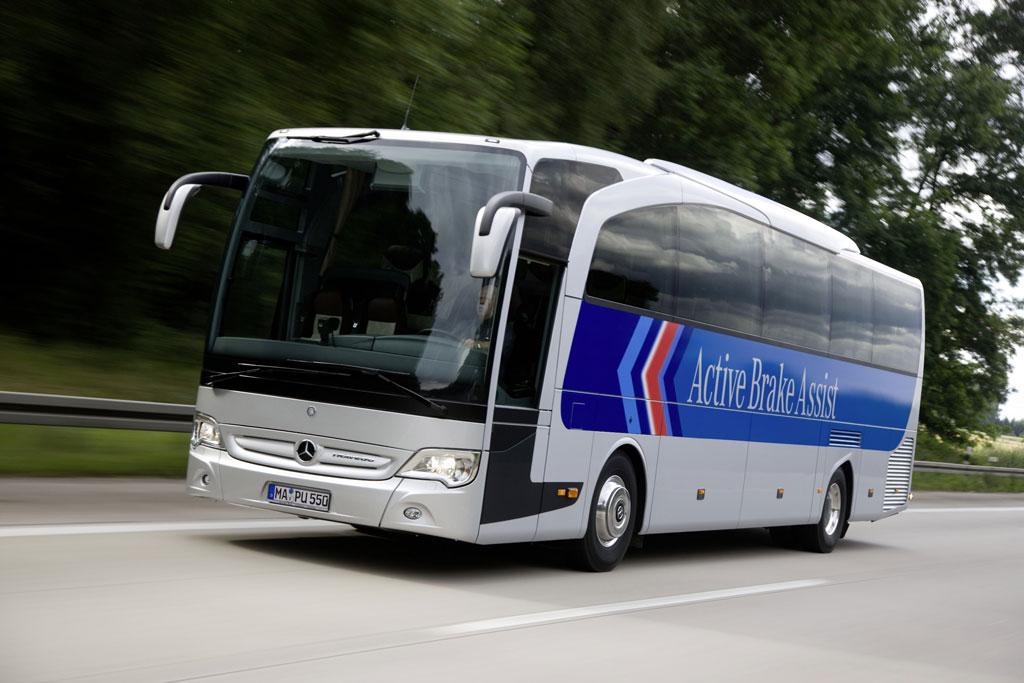 Deutliches Plus an Sparsamkeit und Sicherheit beim Mercedes-Benz Travego