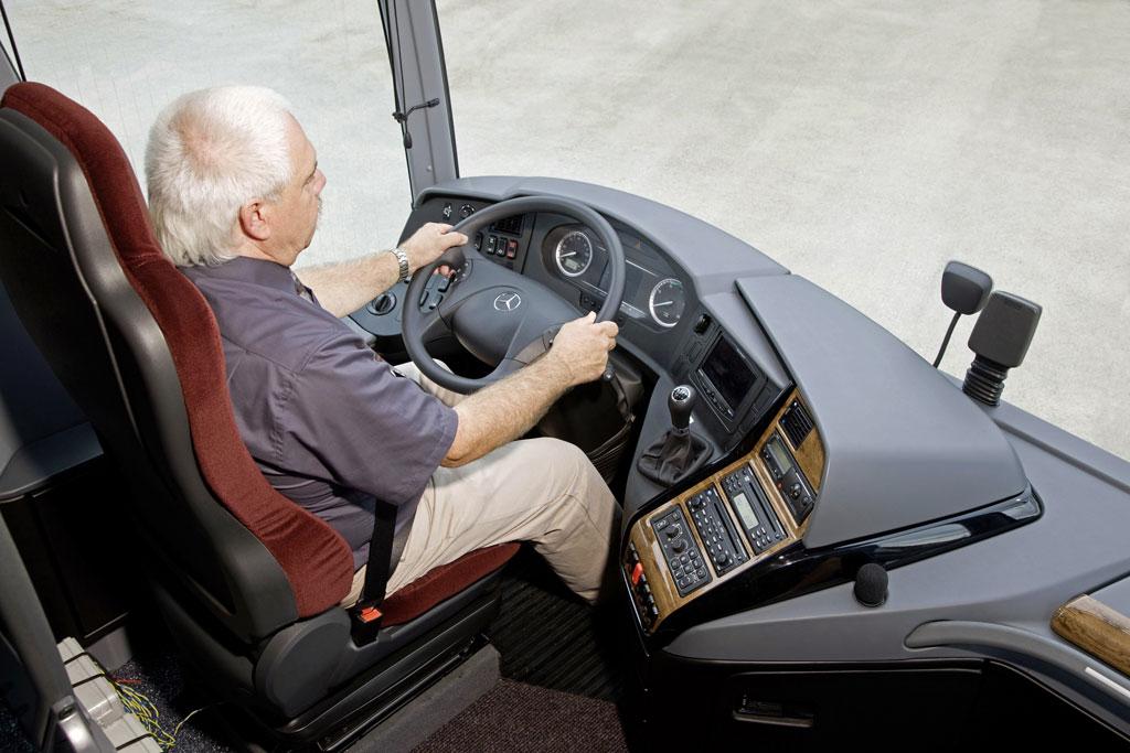 Deutliches Plus an Sparsamkeit und Sicherheit beim Mercedes-Benz Travego  - Bild(3)