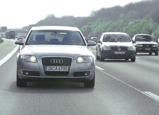 EU will Tagfahrlicht für alle neuen Autos