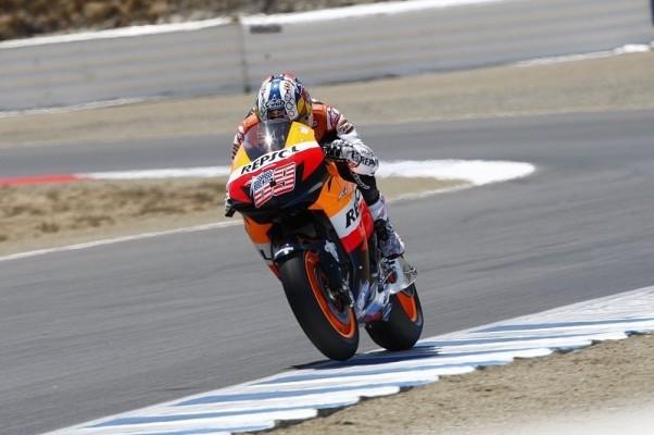 Hayden in Japan zu Beginn voran: Rossi ist auf Kurs