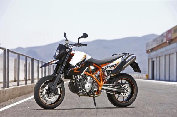 KTM bringt Supermoto R auf den Markt