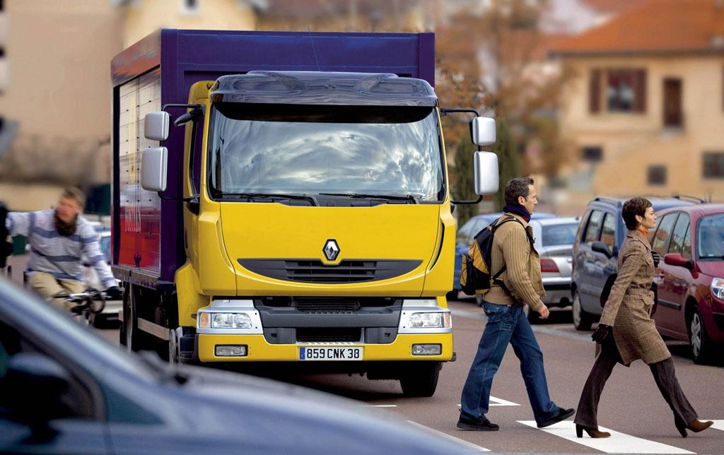 Renault Trucks bringt im Midlum das Optitronic-Getriebe