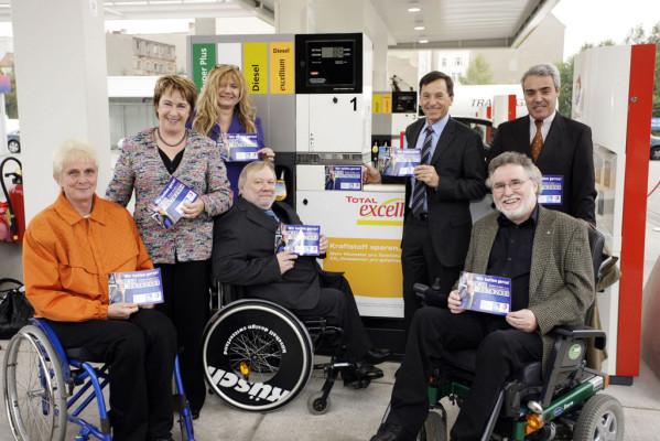 Tankservice für gehandicapte Autofahrer