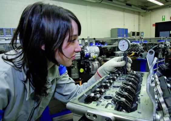 Volkswagen nimmt Bewerbungen für Ausbildungsstart 2009 entgegen