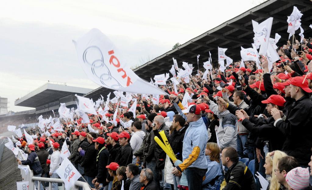 1300 Audi Mechaniker beim DTM-Finale