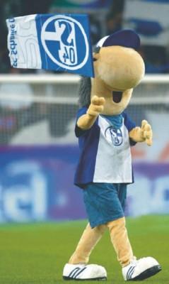 Bürstner lädt Kunden zum Schalke-Tag ein
