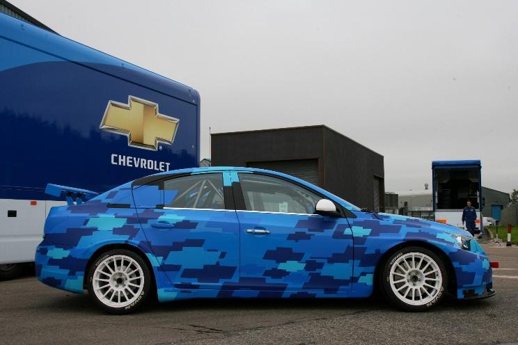 Chevrolet präsentiert die Rennversion des Cruze