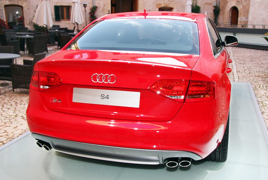 Der neue Audi S4: weniger Verbrauch bei 333 PSDer neue Audi S4: weniger Verbrauch bei 333 PS