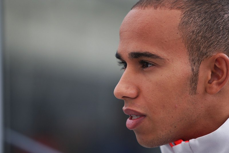 Diskussion über Hamiltons Fahrweise: Ein echter Racer