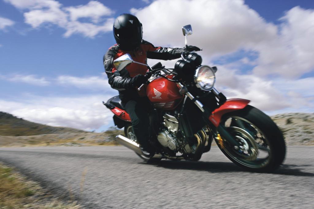 Fahrbericht Honda CBF 600: Frischer Wind in der Mittelklasse