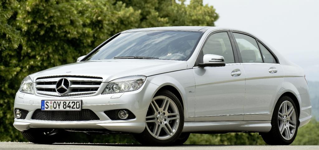 Innovationspaket für die Mercedes-Benz C-Klasse