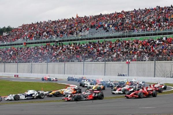 Japan GP: Alonso siegt, Massa und Hamilton bestraft