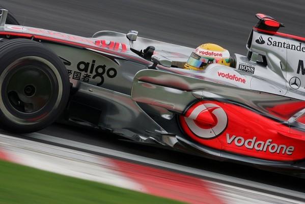 McLaren vs. Ferrari: Blitzschnelle Extreme