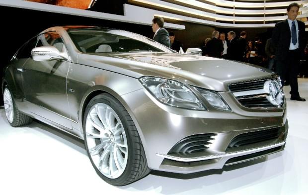 Mercedes-Benz stellt Concept Fascination und McLaren Roadster 722 S vor