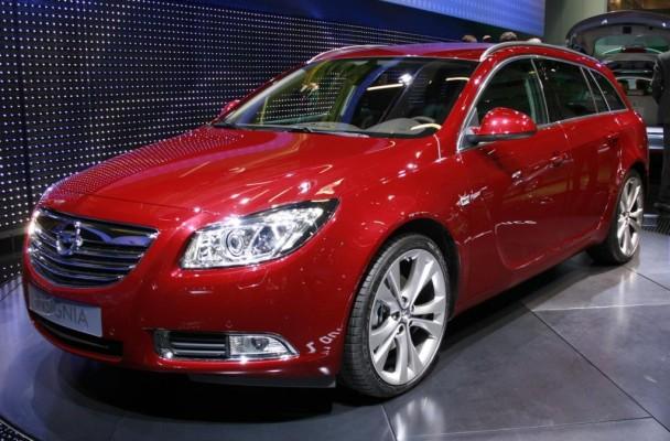Opel Insignia Sports Tourer kostet ab 23 990 Euro