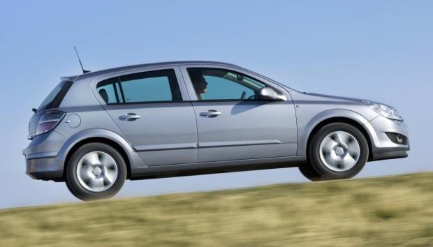 Opel zum Modelljahr 2009 sparsamer und attraktiver