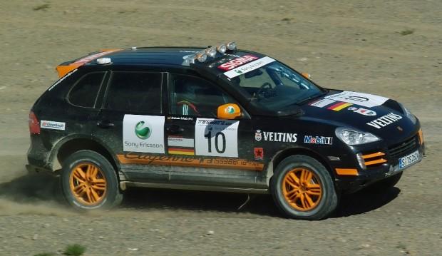 Porsche Cayenne S Transsyberia kommt zum Rallye-Finale