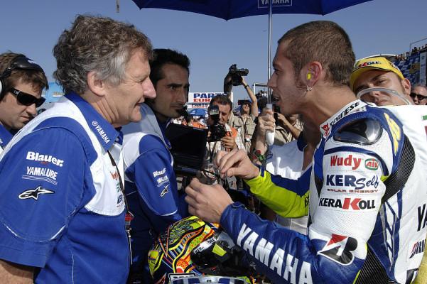 Rossi hält die 800er für langweilig: Zu viel Elektronik