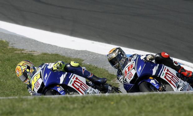 Rossi legt in Sepang vor: Stoner hing an der falschen Yamaha