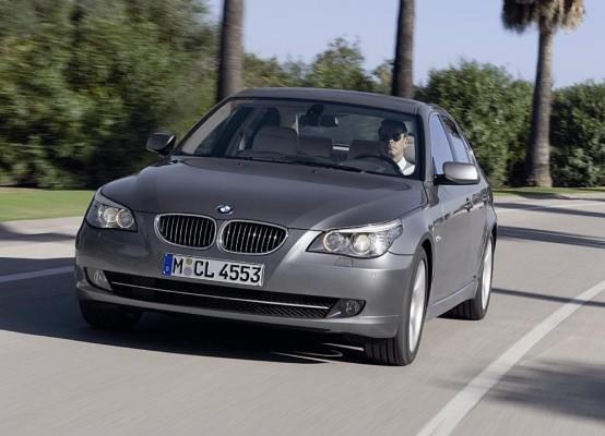 Studie: Aggressive Auto-Gesichter kommen besser an