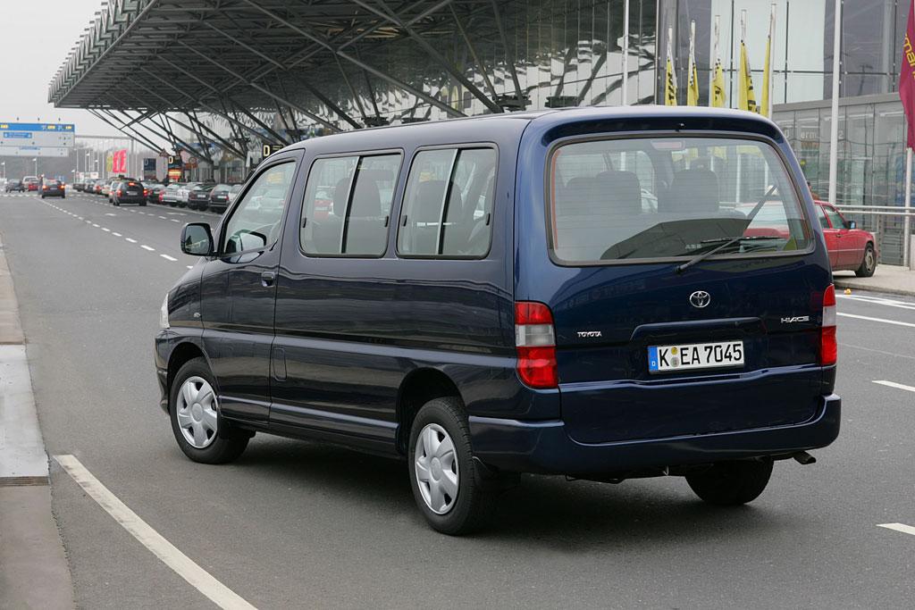 Toyota Hiace GL jetzt auch mit Allradantrieb