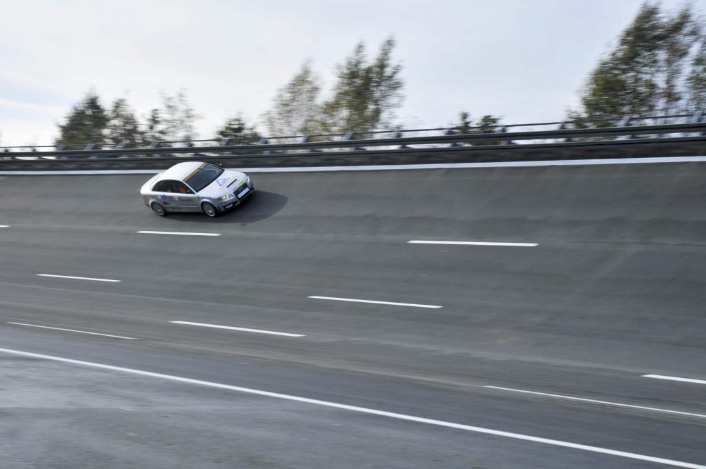 Weltrekord: 327 km/h mit Bio-Gas
