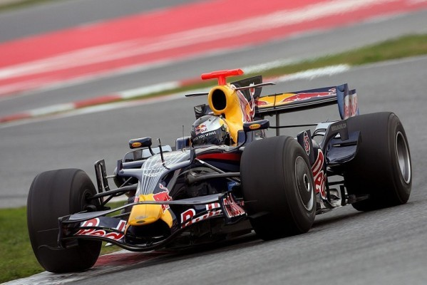 Barcelona, Tag 2: Nur Vettel bremst Toro Rosso ein