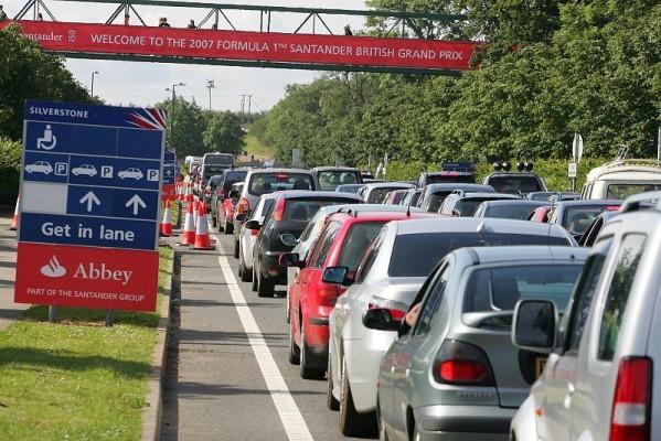 Donington 2010 autofrei: Anreise mit Bus und Bahn