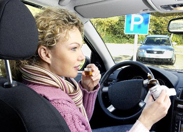Erkältungsmittel können Reaktion bei Autofahrern beeinflussen