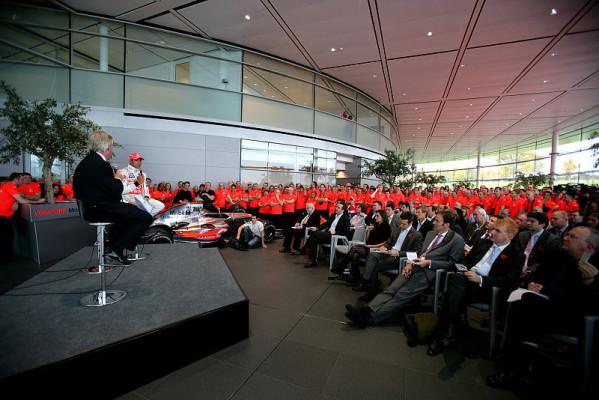 Hamilton verspricht McLaren die Treue: Ich gehe nirgendwo hin
